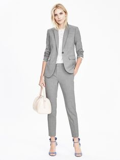 $100 ($70) Banana Republic Avery Lightweight Wool Pant 95% wool, 5% spandex. Dry clean only. Mid-rise.