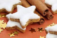 Biscoitos Simples de Natal - Deliciosos!   Saúde Vida Total Cupcakes, Cake Cookies, Christmas Cookies, Christmas Crafts, Delicious Desserts, Dessert Recipes, Quiche, Tablescapes, Food And Drink