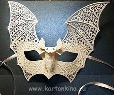 """Venetian mask of paper """"Die Fledermaus"""""""