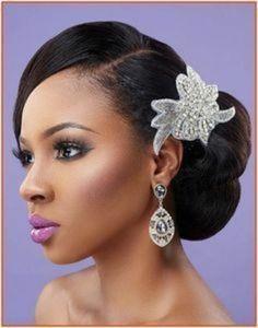 Natural Wavy side Bun wedding hairstyle for black women - pin up hairstyles - Wedding Hairstyles Black Wedding Hairstyles, Wavy Wedding Hair, Black Women Hairstyles, Trendy Hairstyles, Bridal Hair, Short Haircuts, Beautiful Hairstyles, Hairstyle Wedding, Medium Hairstyles