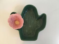 Vintage Cactus Bowl Chip and Dip Set Treasure Craft Bowls Ceramic Green Pink Flower Mid-Century Retro Saguaro Serving Bowl Made in the USA by CheckEngineVintage from Check Engine Vintage of Washington, DC Flower Bookey, Flower Film, Flower Names, Cactus Flower, Flower Pots, Cactus Art, Cactus Plants, How To Grow Cactus, Chip And Dip Sets