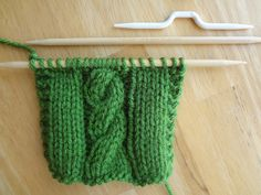How To Make A Cable In Your Knitting (Photo Tutorial)