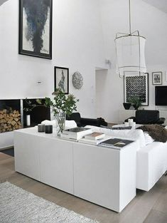 Use these IKEA Besta unit hacks to up-cycle a basic unit into a wonderfully unique piece of furniture. These IKEA Besta unit ideas are easily achievable and done at little expense.yet add plenty of value! Condo Living Room, Ikea Living Room, Small Living Rooms, Home And Living, Ikea Hack Besta, Interior Decorating Styles, Interior Design, Apartment Balcony Decorating, Apartments Decorating