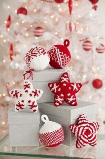 Red and white ornaments will add a wonderful pop of color to your tree! Knit them and use them year after year, for if they fall, they will not break!