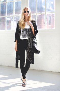 3b3246070837 Black and white . Boho casual Black Kimono Outfit