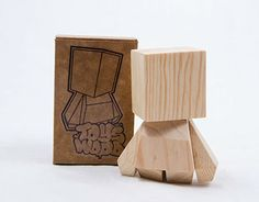 toys hechos en madera, proceso artesanal con acabado industrial.