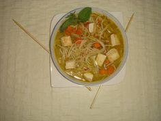Vegetarian Laksa - Veenas Vegnation Vegetarian Laksa, Japchae, Thai Red Curry, Cooking, Ethnic Recipes, Food, Baking Center, Koken, Meals