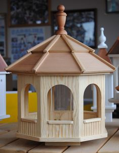 Wooden Bird Feeders Plans Free | Bird Feeders | Pinterest | Bird ...