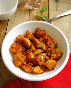 Tawa Aloo Masala recipe - a flavorful North Indian style dry potato curry with aromatic spices