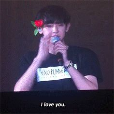 Chanyeol dating alone bloopers everybody loves