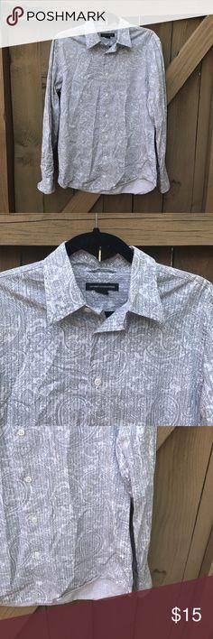 Size S Express white paisley button down shirt Size S Express white paisley button down shirt Express Shirts Casual Button Down Shirts