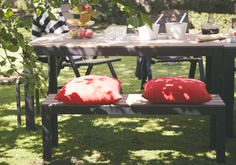 Budget patio furniture.  Yes please.