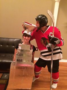 Jonathon Toews and his Stanley Cup Fall Halloween, Halloween Costumes, Halloween Ideas, Stanley Cup Costume, Holidays, Life, Holidays Events, Halloween Costumes Uk, Holiday