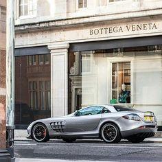 #mercedes #mercedesbenz #amg #mclaren #slr #722 #mercedesslr #mclarenslr722 #steeringwheel #German #supercar #london #londonsupercars #supercarsoflondon #money #power #speed #millionaire #beautiful #likes #likes4likes #instagood #instalike #followme #instacars #carporn #picoftheday #crsp #carroadshowpictures  Picture by @stolemykeys