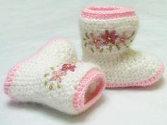 Free+Crochet+Boots+Pattern+Women   Crochet Baby Boots ... by yofi design   Crocheting Pattern
