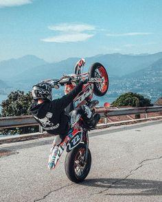 Ktm Dirt Bikes, Cool Dirt Bikes, Motorcycle Dirt Bike, Bmx, Enduro Motocross, Motorcycle Couple Pictures, E Quad, Ktm Supermoto, Yamaha Wr