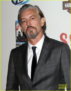Tommy Flanagan--how hot is he? Soms Of Anarchy, Sons Of Anarchy Reaper, Tommy Flanagan, Scottish Actors, Charlie Hunnam, Too Cool For School, Attractive People, Kinds Of People, Sexy Men