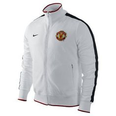 NIKE MANCHESTER UNITED AUTHENTIC N98 JACKET The Manchester United N98 Jacket: Classic style, team pride The Manchester United N98 Men's Soccer Track Jacket pays tribute to the Red Devils while deliver