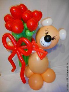 Подарки для влюбленных ручной работы. Ярмарка Мастеров - ручная работа Мишка из воздушных шаров с букетом сердец. Handmade. Baby Shower Balloon Decorations, Ballon Decorations, Baby Shower Balloons, Valentines Balloons, Christmas Balloons, Valentines Flowers, Balloon Flowers, Balloon Bouquet, Ballon Animals