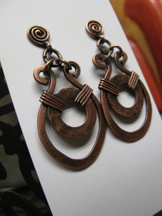 Handmade Hammered Copper Earrings. by GeishaCreations