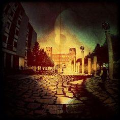 32) Porte Palatine #torino #instameetitalia2 - @lubaluft- #webstagram
