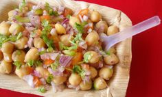 "Looking for Shireen Anwar lahori chana chaat Recipe? Try out this lahori chana chaat Recipe by Shireen Anwar in cooking show ""Masala Morning"" on masala tv. Raw Food Recipes, Indian Food Recipes, Asian Recipes, Vegetarian Recipes, Cooking Recipes, Rice Recipes, Easy Cooking, Vegan Food, Recipies"