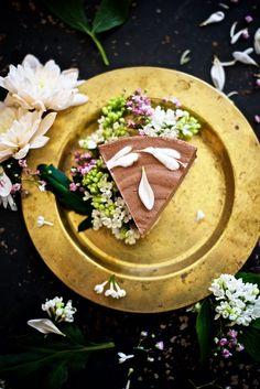 Espresso Chocolate Raw Cake Recipe