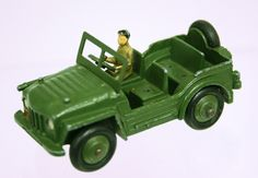 Dinky Toys Unboxed Dinky Toys 674-SOLD 1954-66 Austin Champ, military green, with driver, G/E