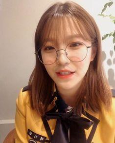 South Korean Girls, Korean Girl Groups, Extended Play, Fandoms, Idol, Wattpad, School, Instagram, Travel