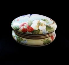 """1880-1911 Large Noritake Nippon Porcelain Dresser Jewelry Box And Lid  7.5 """" Wide Gold Beading"""