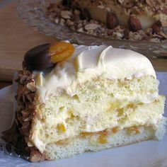 Truly Decadent Apricot Torte in the Russian Style: Russian Apricot Torte or Biskvitnyi Abrikosovyi Torta
