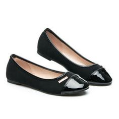 classical ballerina Elegant shoes for spring. Fashion, ideal for most stytlizacji. Nose painted. The lowest prices, the largest selection. We enjoy a 5% discount for our fans on Facebook. https://cosmopolitus.eu/product-eng-94545-.html #Ballerina #shoes #fashionable #womens #classic #black #color #comfortable