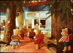 stereomat_slides_03 (iiyyyii) Tags: school film forest bears slides vintagetoy vintageslides stereomat