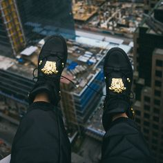 #FromWhereIStand a rooftop perspective from Jay Strut with his Versace Hi-Top Medusa Sneakers. #StrutWithVersace #VersaceSneakers