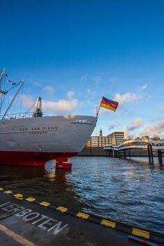Hamburg Foto Landungsbrücken Cap San Diego | Bildschönes Hamburg