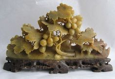 $42.95 VTG Hand Carved Soapstone Grape Leaves Chinese Japanese Floral Oriental Figurine