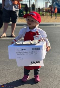OMG a Costco sample stand! This might be the cutest Halloween Costume of the season Creative Halloween Costumes, Spooky Halloween, Halloween Party, Vintage Halloween, Funny Baby Halloween Costumes, Costumes For Family, Babies In Costumes, Holloween Costumes For Kids, Funny Toddler Halloween Costumes
