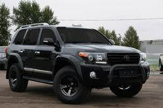 lc 200 black Landcruiser 100, Toyota Lc, Best 4x4, 4x4 Trucks, Toyota Land Cruiser, Custom Cars, Cars And Motorcycles, Touring, Dream Cars