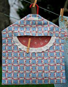 Clothespin Peg Bag 30s Reproduction Feedsack