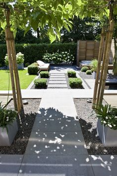35 intelligent and stylish garden screening ideas to transform your garden - privacy screen - Backyard Modern Landscape Design, Modern Garden Design, House Landscape, Modern Landscaping, Front Yard Landscaping, Landscaping Ideas, Backyard Ideas, Landscaping Software, Modern Backyard