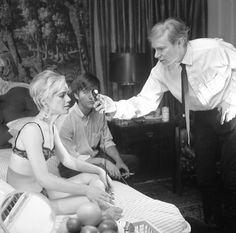 """""""Chelsea Girls"""" being filmed ***JOHN PEODINCUK/NEW YORK DAILY NEWS Warhol's movie """"Chelsea Girls"""" was inspired by the hotel, and scenes were filmed in its rooms. After Sedgwick — alienated from Warhol and her addiction deepening — made the Chelsea her home, she set her room on fire."""