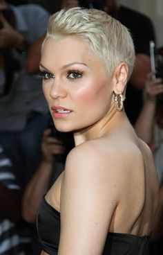 Jessie J - wow, she's got the face to pull off this hair cut AS WELL as the long dark hair she used to have!