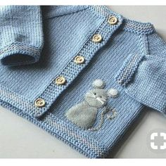 Lamb baby set grey and white merino jacket and hat wool sweater with sheep MADE TO ORDER Lamm-Baby set grauen und weißen Merino Jacke und Hut von Tuttolv Baby Cardigan, Cardigan Bebe, Baby Girl Cardigans, Baby Girl Jackets, Baby Girl Sweaters, Wool Cardigan, Grey Sweater, Sweater Jacket, Knitting Baby Girl