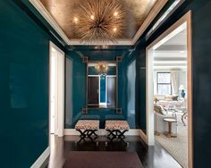 Cool designer alert- Lilly Bunn! Love navy laquared walls