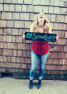 #spreadlight, promo for San Francisco Bay Area Performer Kate Targan