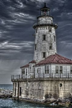 The White River Light is a lighthouse on Lake Michigan near the city of Whitehall, Michigan. Old Buildings, Abandoned Buildings, Abandoned Places, Lac Michigan, Michigan Usa, Lighthouse Pictures, Beacon Of Light, Haunted Places, Architecture