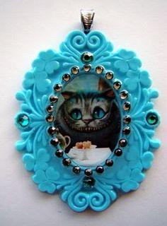 Cheshire cat Pendant