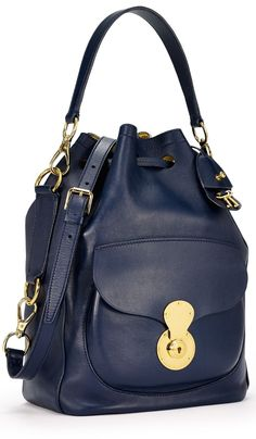 Sophisticated and lightweight, the Ralph Lauren Ricky Drawstring Bag is the new must-have bag.