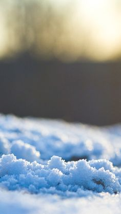 A closer look at #snow! Get it for your #iPhoneWallpaper!  Get more galleries at http://iphone5retinawallpaper.com/