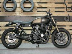 Honda CB750 by Desideratum